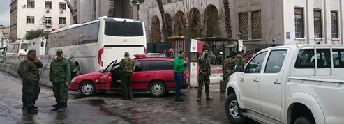 Un double attentat suicide frappe Damas en Syrie