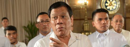 Un député philippin veut destituer le président Duterte
