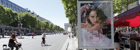 La grande bataille de l'affichage publicitaire à Paris est relancée