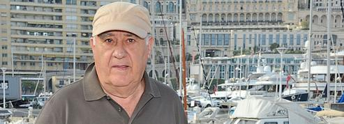 La générosité du milliardaire créateur de Zara divise l'Espagne