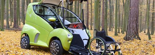 Un véhicule adapté révolutionne la conduite pour les personnes en fauteuils