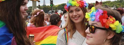 Des milliers de personnes à Paris réclament «la PMA pour toutes»