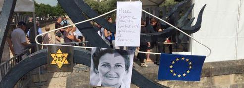 Aux Invalides, un public «impressionné» et «ému» pour rendre hommage à Simone Veil