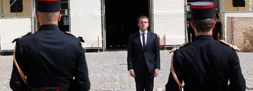 Emmanuel Macron annonce l'inhumation du couple Veil au Panthéon