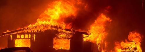 L'ouest de l'Amérique du Nord ravagé par des dizaines d'incendies simultanés