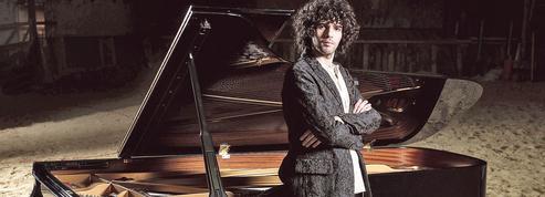 Simon Ghraichy, le pianiste des antipodes