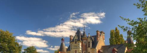 Cinq petits châteaux de la Loire dans la cour des grands