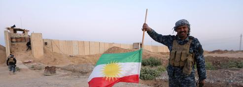 Les forces irakiennes reprennent des sites aux Kurdes à Kirkouk
