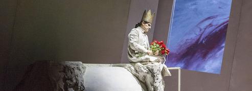 La Clémence de Titus ,et De lamaison des morts : opéra(s) et pouvoir(s)
