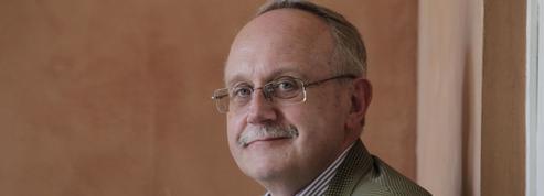 Luc Rouban: «La VeRépublique est entrée dans une troisième époque»