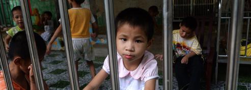 La baisse de l'adoption internationale est «une bonne nouvelle» pour le Quai d'Orsay