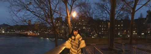 Léonard Lasry rend hommage à Paris dans son nouveau clip L'Éternel savoir vivre