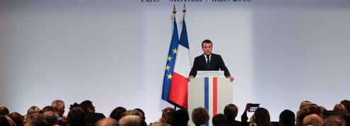 Macron au Crif : l'antisémitisme est «le déshonneur de la France»
