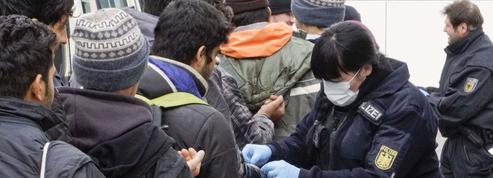 Face à l'immigration, l'Allemagneveut augmenter le nombre d'expulsions