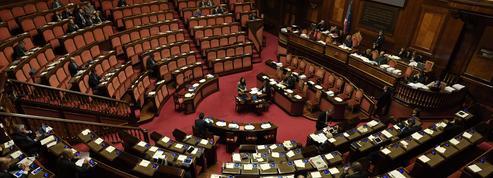 Sans majorité absolue, le Parlement italien se réunit pour élire ses présidents