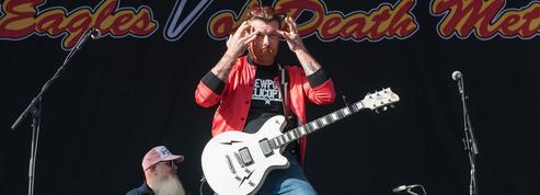 Marche anti-armes à feu : le chanteur des Eagles of Death Metal étrille les manifestants