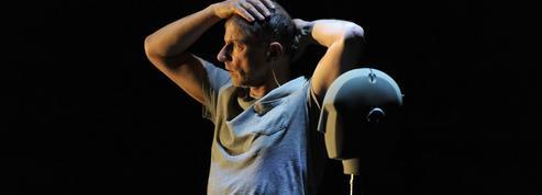 Simon McBurney : «Le théâtre peut traduire l'indicible»