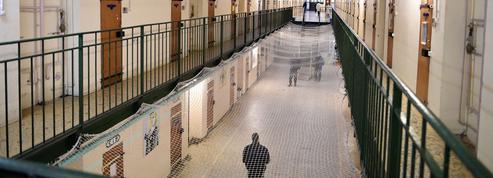Prison de Fresnes : l'État condamné à cause des cours de promenades jugées «indignes»