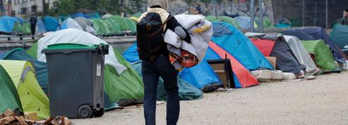 Migrants à Paris : Collomb veut une évacuation «à bref délai»