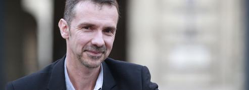 Critiqué parTélérama, Franck Thilliez s'érige en défenseur de la «littérature dite populaire»