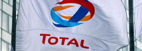 Les agriculteurs ont commencé le blocage des raffineries de Total