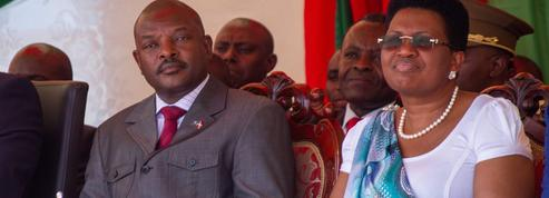 Le président burundais, converti tardif à la démocratie
