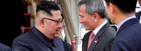 Trump et Kim sont arrivés à Singapour, où le sommet se prépare