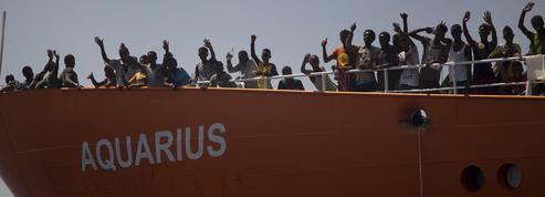 Migrants: l'UE face au coup de force du gouvernement italien