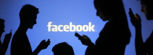 Facebook teste les groupes payants