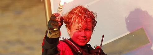 À 12 ans, il bat le record du monde de traversée de la Manche en solitaire en Optimist