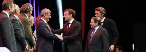 Macron et les élus locaux : du «pacte de confiance» au danger de la défiance