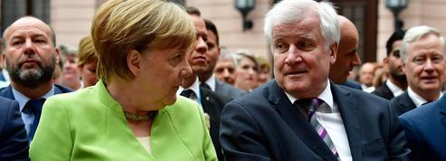 Allemagne : Angela Merkel échappe à la crise politique