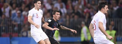 Les Anglais pas fair-play ont essayé de marquer pendant la célébration des Croates