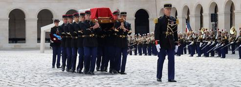 Le dernier adieu à Claude Lanzmann au cimetière du Montparnasse
