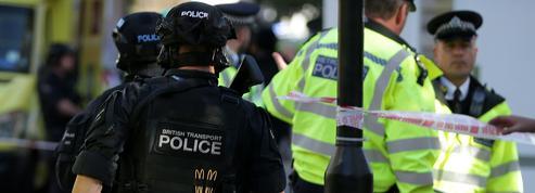 Britanniques empoisonnés : le Novitchok contenu dans une bouteille de parfum ?