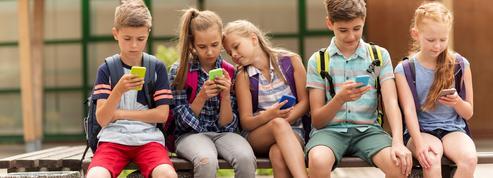 Les téléphones portables seront interdits dès la rentrée scolaire