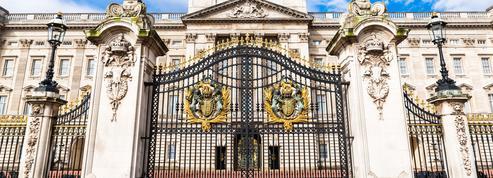 Dix postes à pourvoir au palais de Buckingham