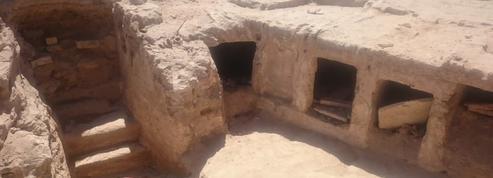 Un ensemble funéraire de l'époque de Ptolémée découvert sous une gare d'Alexandrie