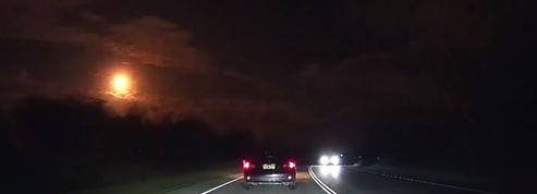 Une superbe météorite illumine le ciel en Australie