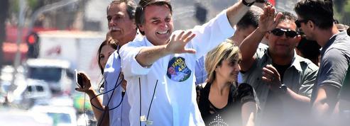 Brésil : le candidat d'extrême droite à la présidentielle réopéré d'urgence