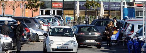 Tours: un homme meurt, roué de coups pour une place de parking