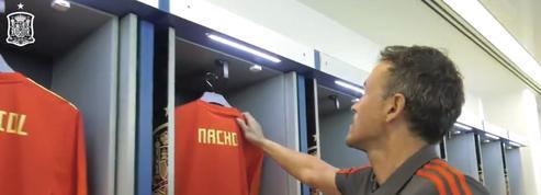 Luis Enrique dévoile la sélection espagnole en se mettant en scène dans un vestiaire