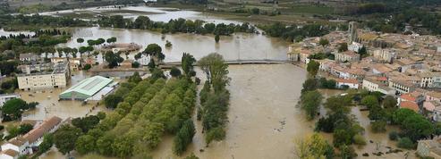 Inondations : l'alerte rouge maintenue dans l'Aude, qui fait face aux dégâts