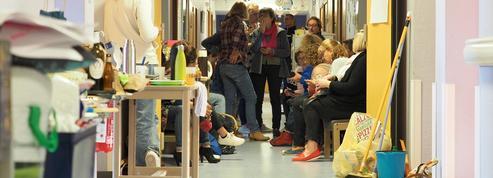 Indre : des habitants occupent la maternité du Blanc vouée à la fermeture