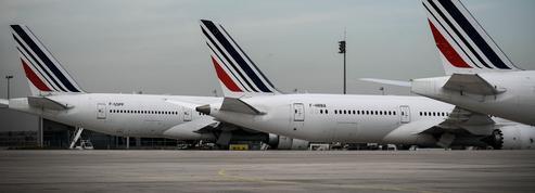 Carburants: pourquoi les avions et les bateaux échappent aux taxes