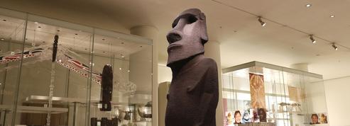 En visite au British Museum, les représentants de l'Île de Pâques réclament le retour d'une statue