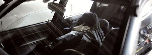 Puteaux : Marie, 71 ans, vit dans sa voiture en attendant un logement social