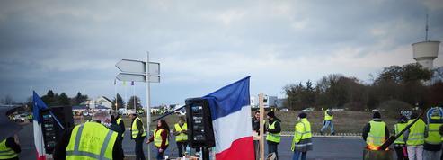 «L'espace périurbain subi», angle mort de la politique territoriale de Macron