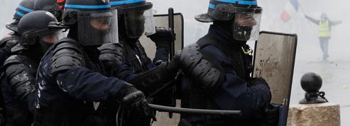 «Gilets jaunes» : les syndicats policiers reçus mardi par Castaner