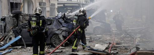 Trois personnes tuées, dont deux pompiers, après une explosion au gaz à Paris